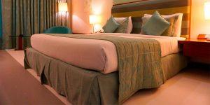 cubre canape ajustable para camas